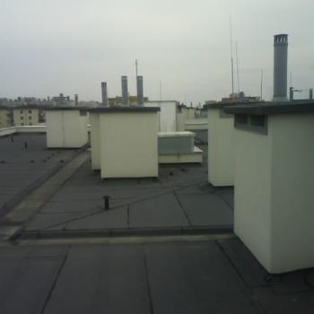 Hydroizolacja dwuwarstowa dachu w systemie tradycyjnym; 650m2
